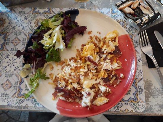 Restaurante El Tragaluz: Uova strapazzate con prosciutto