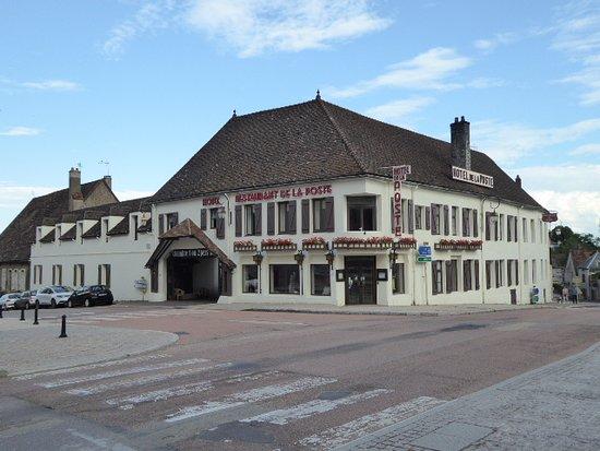 Saulieu, France: Hôtel