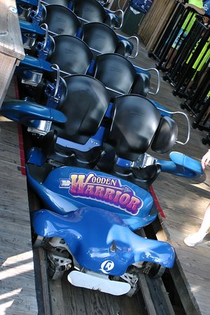 Middlebury, CT: Wooden Warrior - world class coaster