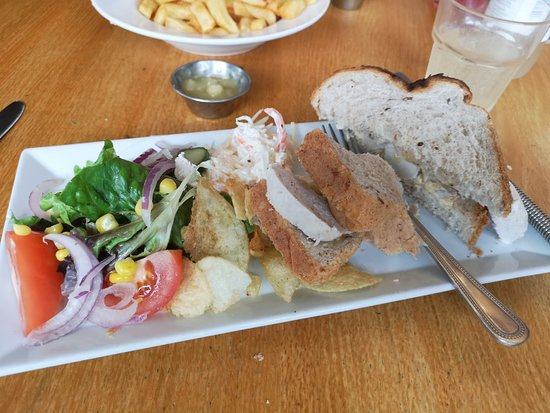 Bilsborrow, UK: This was a little sandwich we were full could not eat it all but that was OK as had a doggy bag.