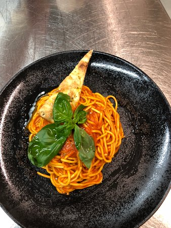 Ebikon, سويسرا: Spaghetti napoli