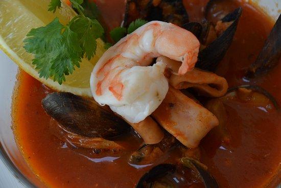 Lomianki, Polonya: Zupa z owocami morza