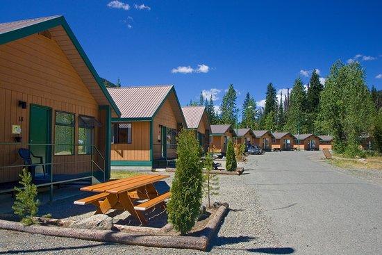 Manning Park Resort: Cabin Loop