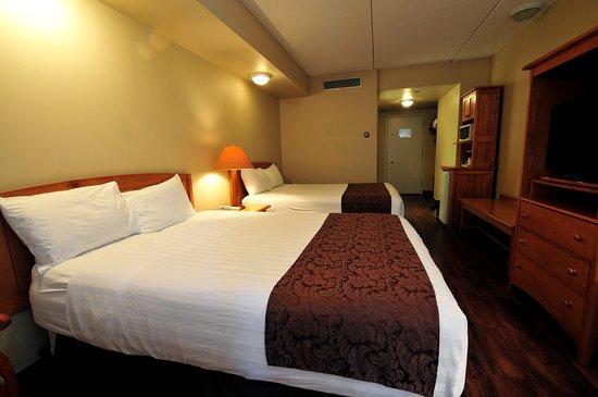Manning Park Resort: Queen Room