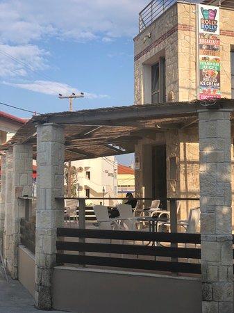 Chaniotis, Greece: IMG-31596f4d7ce1c5a71082c770c12b02e1-V_large.jpg