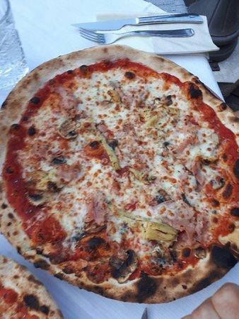 Caprice Pizzeria Ristorante: 20180616_204332_large.jpg