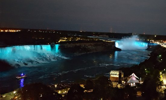 Sheraton on the Falls Hotel Photo