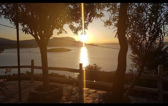 Plaka, Greece: 20180616_222722_large.jpg
