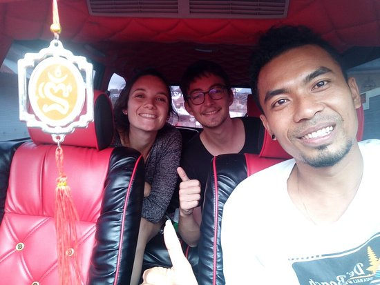Banjar, Indonesia: Pick up my friend in tulamben drop To munduk, thanks for the job