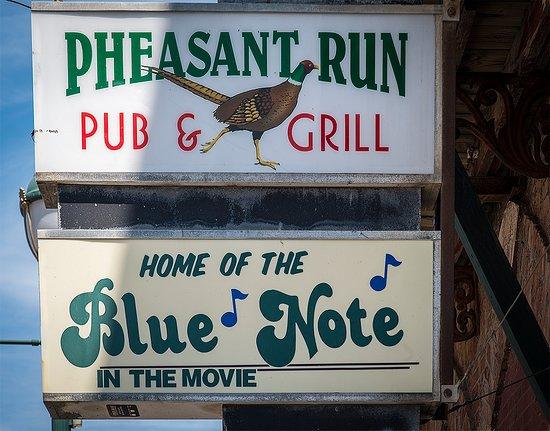 Winterset, IA: Pheasant Run - entrance