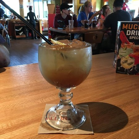 Chesterfield, MI: Long Island Ice Tea ~