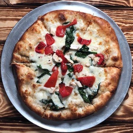 DeNunzio's Brick Oven Pizza and Grille: Chicken Spinach Roasted Reds Pizza Chicken/roasted red bell peppers/spinach mozzarella/garlic in
