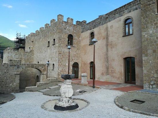 Mignano Monte Lungo, Italy: IMG_20180616_174939_large.jpg