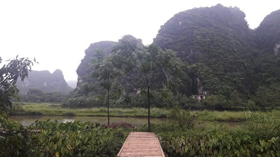 Hoa Lu District, Vietnam: Snapchat-595496443_large.jpg