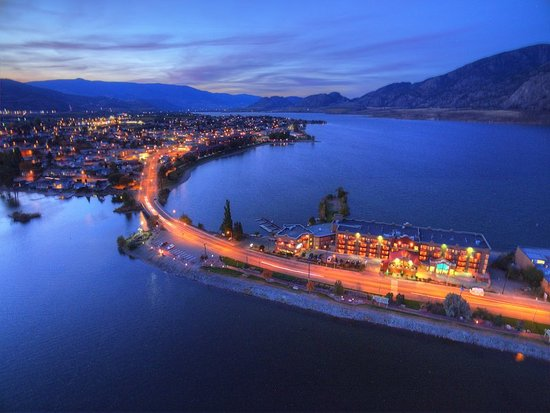 Holiday Inn Hotel Amp Suites Osoyoos Updated 2018 Prices
