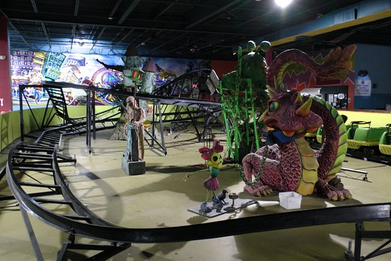Middletown, NY: Python Pit coaster at Party Zone USA