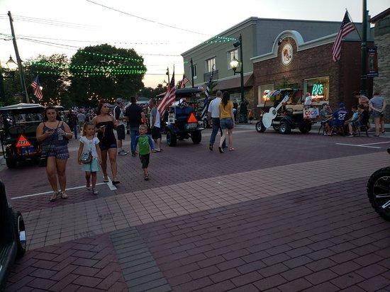 Manteno, IL: 20180615_203134_large.jpg