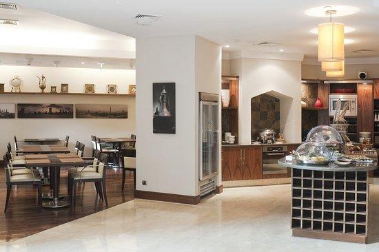Staybridge Suites Cairo-Citystars: Restaurant
