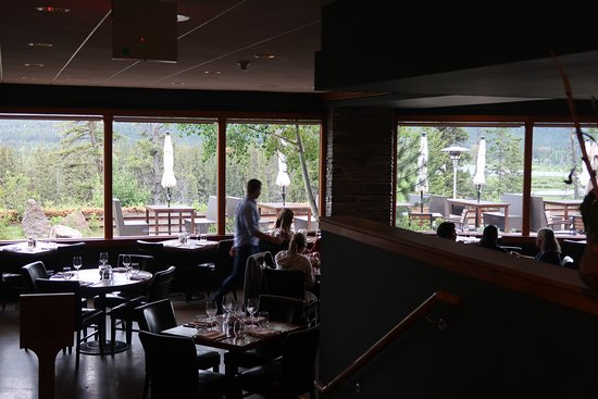 The Juniper Bistro: Inside seating