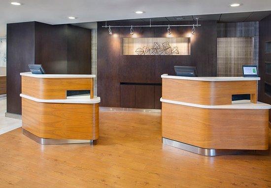 Homewood, ألاباما: Lobby