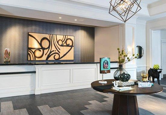 renaissance charleston historic district hotel 189. Black Bedroom Furniture Sets. Home Design Ideas