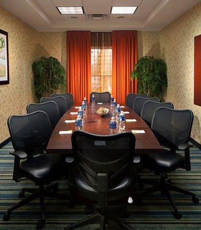 Fairfield Inn & Suites by Marriott Orlando at SeaWorld : Meeting room