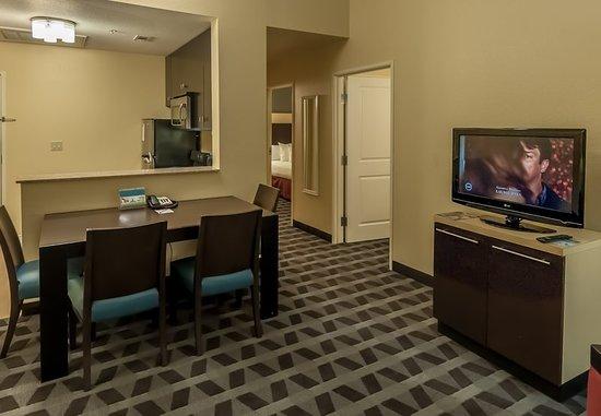 DeSoto, TX: Guest room