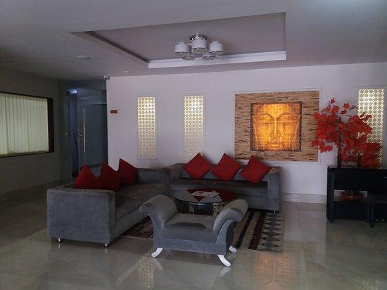 Hotel Harrison Palace: Lobby