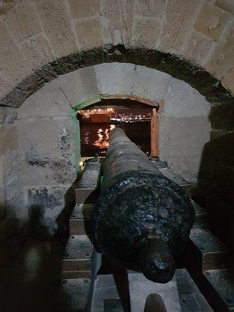 Castello Aragonese: 20180616_232131_large.jpg