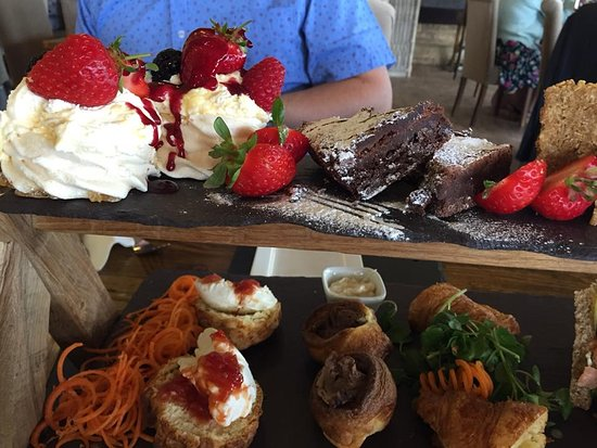 Wem, UK: Cakes, Cakes, Cakes!!!