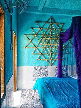 inside blue room (Venus)