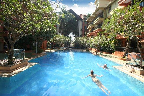 Neelams the grand goa calangute hotel reviews photos - Grand menseng hotel swimming pool ...