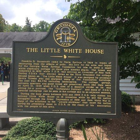 Little White House: photo2.jpg