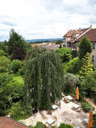 Saulieu, France: 20180616_150719_large.jpg