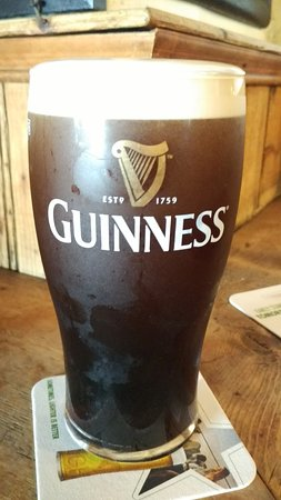 The Celt Pub: Pinta de Guinness