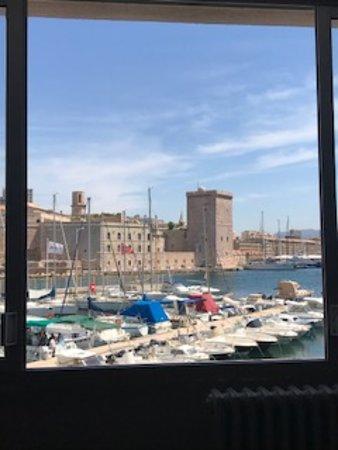 Restaurant Unm Marseille Telephone
