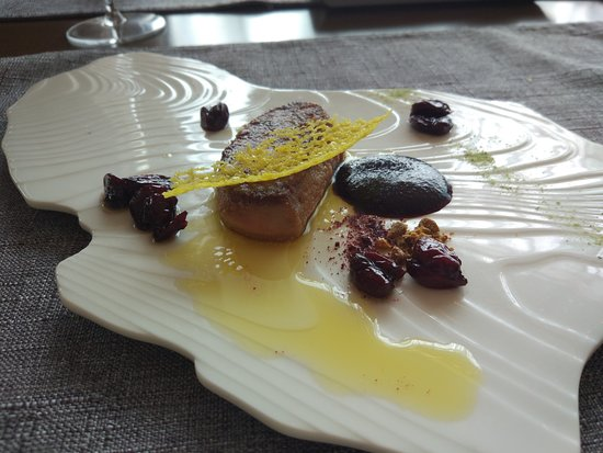 French Grill: Beautifully presented foie gras