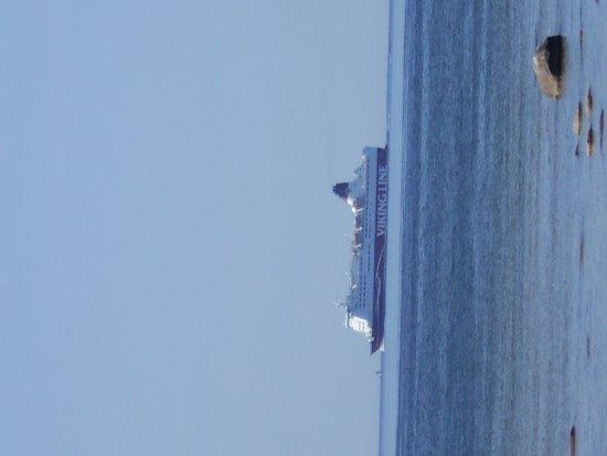 Viking Line Passerar Utanfor Haabneeme Beach Viimsi Kuva