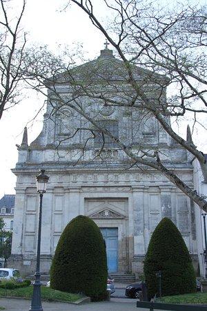 Chapelle Saint Yv-s