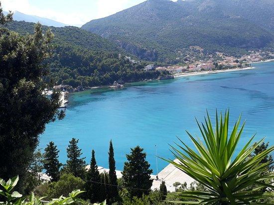 Poros, Greece: Taverna Agrapidos