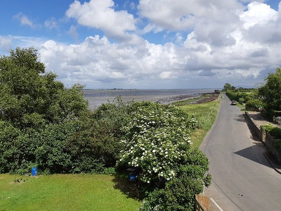Bowness on Solway, UK: 20180615_154649_large.jpg