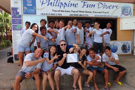 PFD staff with Padi member of the month March 2018 worldwide