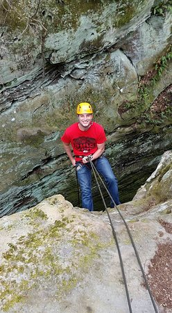 Rockbridge, OH: Rappelling is awesome!