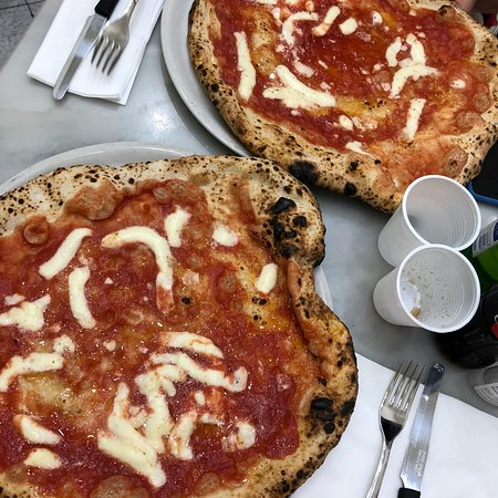 L'Antica Pizzeria da Michele: photo0.jpg