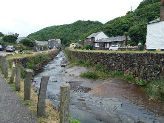Boscastle Harbour and Museum of Witchcraft and Magic June 2018