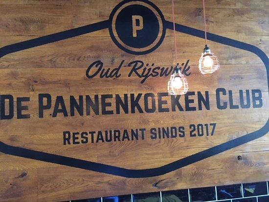 Bar Plank Aan Muur.De Pannenkoeken Club Rijswijk Restaurant Reviews Photos Phone