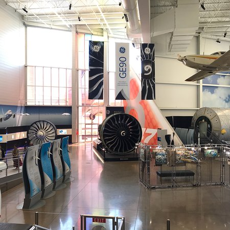 Historic Flight Foundation: photo2.jpg