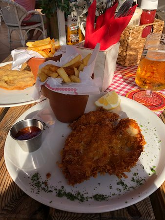 Heidi Schnitzelhütte: Kylling snitsel paneret i cornflakes