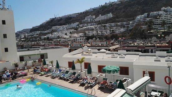 Apartamentos Montecarlo: Vista desde terraza apto.