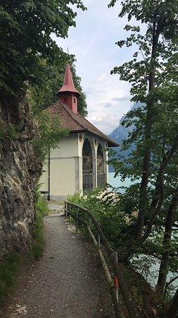 Sisikon, Switzerland: Ankunft bei der Kapelle